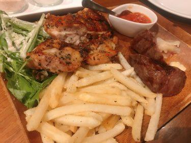 【Carne Bar Katete 虎ノ門 (カルネ バル カテテ)】ちょっぴりモダンでアジトのような肉バルで秘密のディナー。