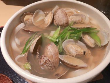 【蕎麦処グレゴリー】レゲェなのにそば・うどん!しかし味は本格的な出汁で食べます。